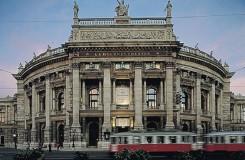 Vídeňský Burgtheater má 275 let