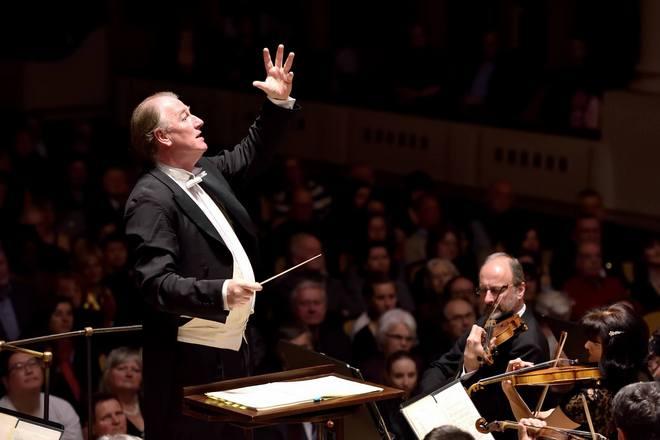 Symfonický orchestr hl.m.Prahy FOK - Jac van Steen - 13. 4. 2016 (foto Petr Dyrc)