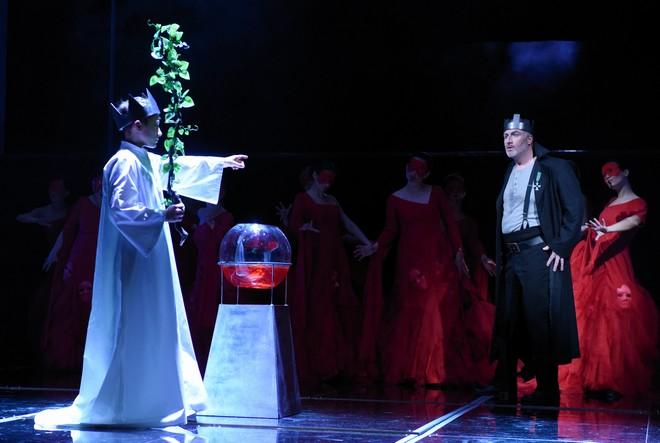 Giuseppe Verdi: Macbeth - Pavel Klečka (Macbeth) - DJKT Plzeň 2016 (foto Pavel Křivánek)