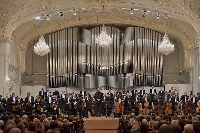 Slovenská filharmónia - Bratislava 28.4. 2016 (foto © Jan Lukáš)