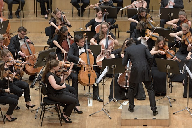 Gustav Mahler Jugendorchester, David Afkham - Koncertná sieň Slovenskej filharmónie Bratislava 2016 (foto © Ján Lukáš)