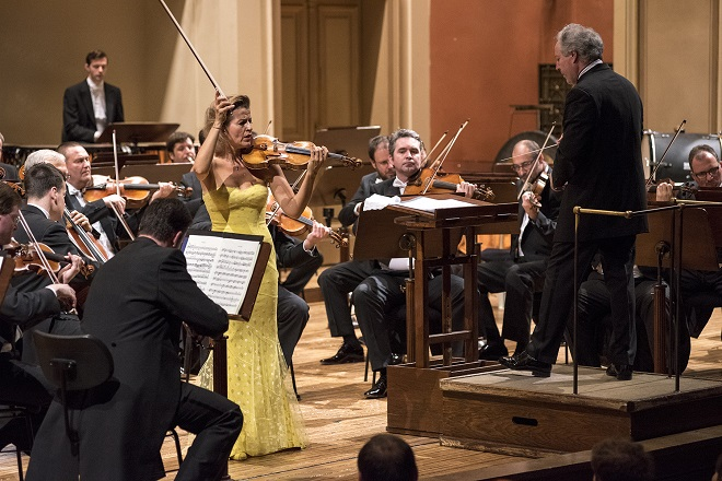 Česká filharmonie - Anne-Sophie Mutter, Manfred Honeck - Praha 27.4.2016 (foto Petr Kadlec)