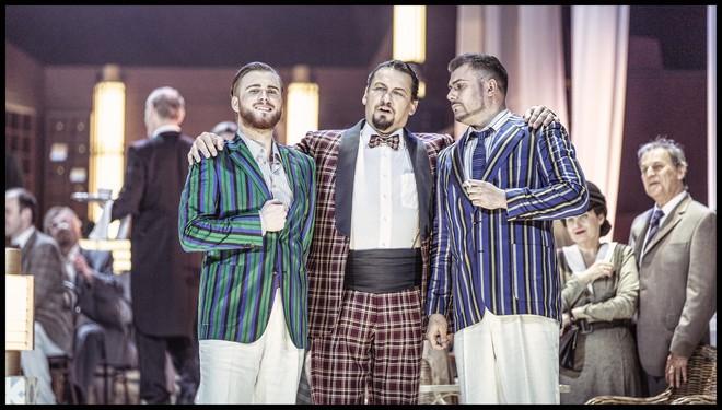 Charles Gounod: Romeo a Julie (Roméo et Juliette) - Michael Skalický (Hrabě Paris), Martin Bárta (Hrabě Kapulet), Martin Gyimesi (Tybalt) - ND Praha 2016 (foto Patrik Borecký)