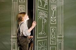 Josef Vesely, Kate Watson: Der König von Narnia (vizuál) - Salzburger Landestheater 2016 (foto © Christina Canaval)