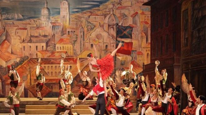 L.Minkus: Don Quijote - Velké divadlo Moskva 2016 (foto © Alexandrova, Lantratov. Photo by D.Yusupov)