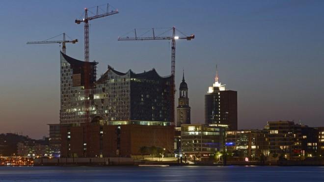 Elbphilharmonie Hamburk (foto archiv)