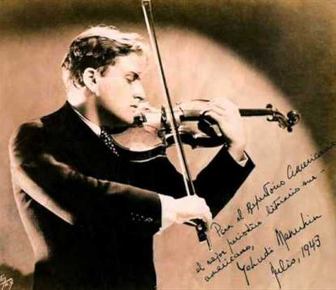 Yehudi Menuhin (foto archiv)