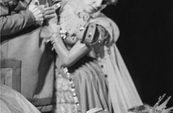 Petr Iljič Čajkovskij: Šípková Růženka - Antonín Landa (Král), Elvíra Němečková (Královna), Marta Drottnerová (Šípková Růženka) - ND Praha 1966 (foto Jaromír Svoboda/archiv ND Praha)