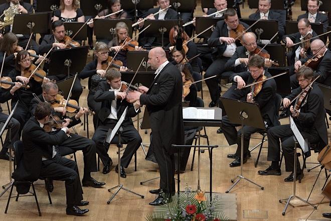 G.Mahler: Symfónia č.2-Auferstehung - Slovenská filharmónia, Emmanuel Villaume - 19.5 .2016 Bratislava (foto © Jan Lukáš)