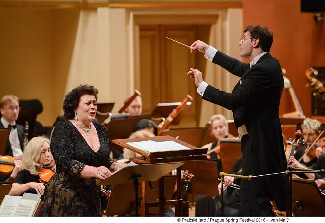 Litevský národní symfonický orchestr: Violeta Urmana, Modestas Pitrėnas - 23.5.2016 Pražské jaro 2016 (foto © Pražské jaro - Ivan Malý)