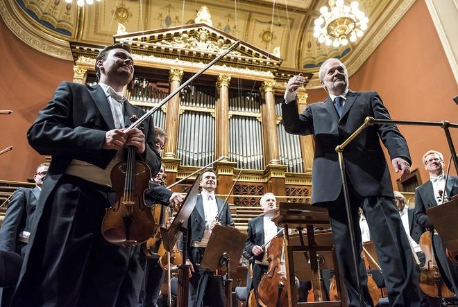 Česká filharmonie – Peter Eötvös – Dvořákova síň Rudolfina Praha 2016 (foto ČF)