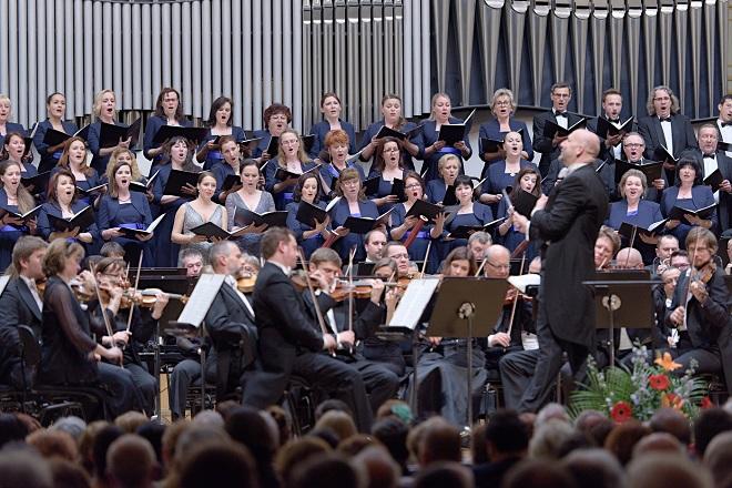 G.Mahler: Symfónia č.2-Auferstehung - 19.5.2016 Bratislava (foto © Jan Lukáš)