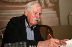 Zemřel Adolf Born, autor skvostné výpravy k Dvořákově Čertovi a Káče v ND