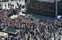 Ať žije král! Pražští symfonici na Staroměstském náměstí vzdali poctu Karlu IV.