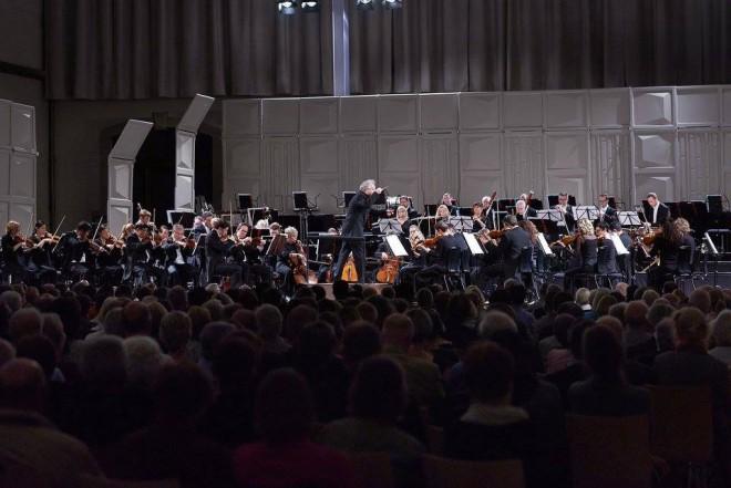 Pittsburský symfonický orchestr - Manfred Honeck - Dresdner Musikfestspiele 2016 (foto © Stephan Floss)
