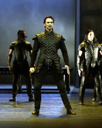 Edward II. - choreografie David Benlteys - Jiří Jelínek (Mortimer) (foto Bernd Weissbrod)