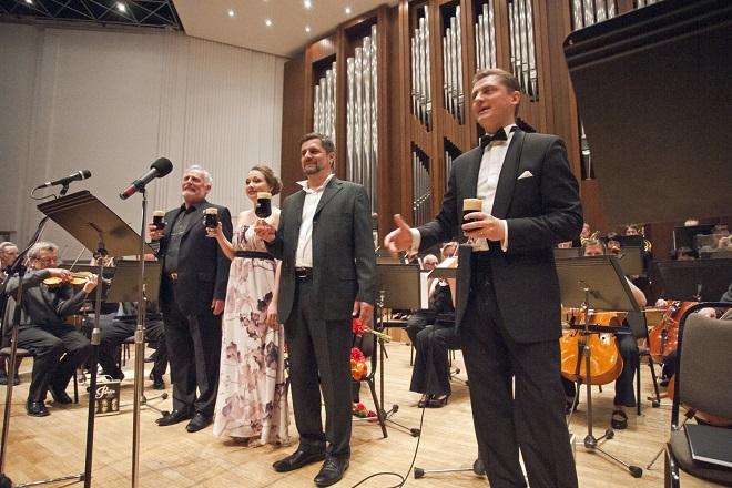 Závěrečný koncert Pardubického hudebního jara 2016 - Pardubice 10.5.2016 (foto Miloš Kolesár)