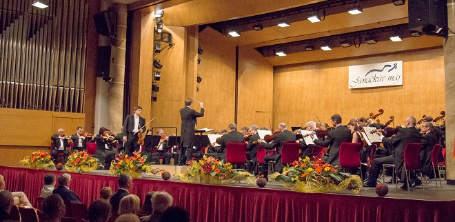 Symfonický orchestr hlavního města Prahy FOK - Pietari Inkinen, Guy Braunstein - Janáčkův máj 2016 (foto Jakub Mičovský)