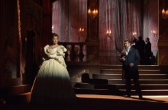 G.Verdi: La traviata - Adriana Kohútková (Violetta), Peter Dvorský (Alfredo) - SND Bratislava (foto archiv SND)