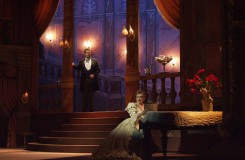 G.Verdi: La traviata - Tomáš Juhás (Alfredo), Adriana Kohútková (Violetta) - SND Bratislava (foto archiv SND)