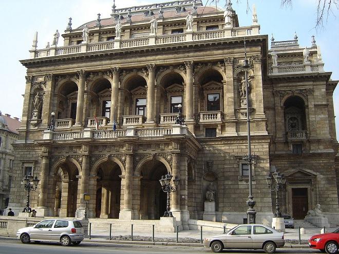 Magyar Állami Operaház Budapešť (foto wikipedia.org)