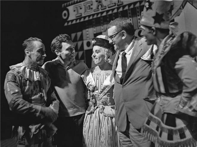 Igor Stravinskij: Petruška - Vlastimil Jílek, Jiří Blažek, Jarmila Manšingrová, Zdenek Seydl, Otto Šanda - ND Praha 1962 (foto archiv ND Praha)