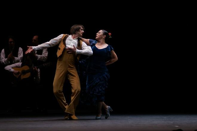 Antonio Gades, Cristina Hoyos: Suita Flamenca - Compañía Antonio Gades (foto Javier del Real)