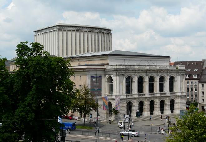 Theater Augsburg (zdroj pix4print.de)