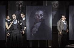 Umberto Giordano: Andrea Chénier - Roman Janál (Carlo Gérard) a Hector Sandoval (Andrea Chénier) - ND Praha 2016 (foto Patrik Borecký)