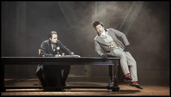 Umberto Giordano: Andrea Chénier - Svatopluk Sem (Carlo Gérard) a Václav Lemberk (Neuvěřitelný) - ND Praha 2016 (foto Patrik Borecký)