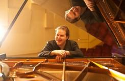 Lukáš Vondráček, česká klavírní hvězda tohoto roku, slaví třicátiny