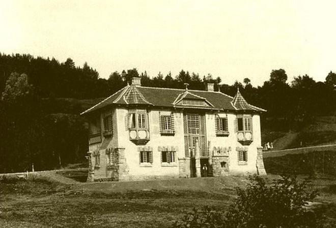 Vila Vlastimila v roce 1903 (zdroj jirikalab.estranky.cz)