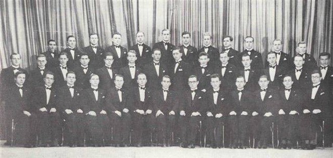 Moravan - první fotografie sboru z roku 1933 (zdroj APS Moravan)