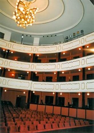 Moravské divadlo Olomouc - interiér (zdroj am-interier.cz)
