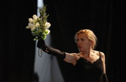 Natalie Dessay (si) hraje Und