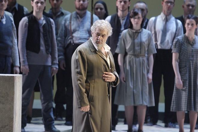 Giuseppe Verdi: Nabucco - Plácido Domingo (Nabucco) - ROH 2016 (foto © ROH/Catherine Ashmore)