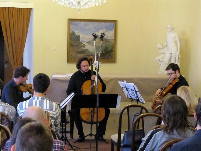 Kompozičné laboratórium - Inšpirácia tvorbou Bohuslava Martinů - Adam Novák, Andrej Gál, Roman Rusňák - Bratislava 15.6.2016 (foto Robert Rytina)