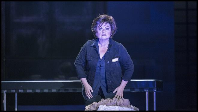 R.Strauss: Elektra - Susan Bullock (Elektra) - Státní opera Praha 2016 (foto Patrik Borecký)