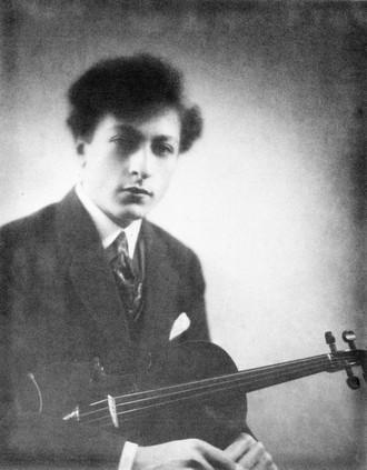 Jascha Heifetz v roce 1917 (foto archiv)