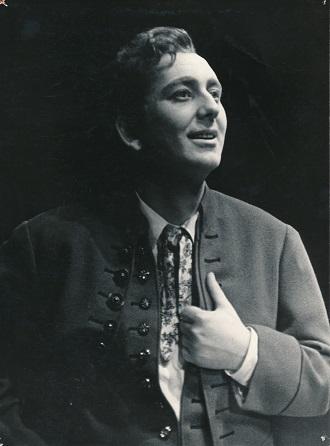 B.Smetana: Hubička - Oldřich Lindauer (Lukáš) - Divadlo Zdeňka Nejedlého 1962 (foto František Krasl)