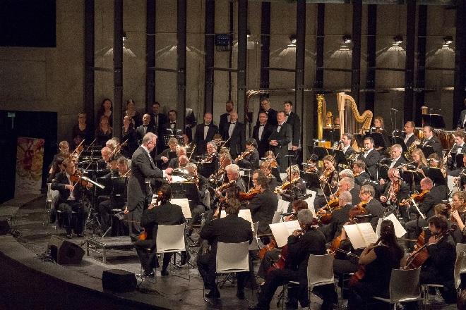 H.Berlioz: Romeo a Julie - Petr Vronský, Filharmonie Brno, Český filharmonický sbor Brno - Janáčkův máj 2016 (foto Jakub Mičovský)