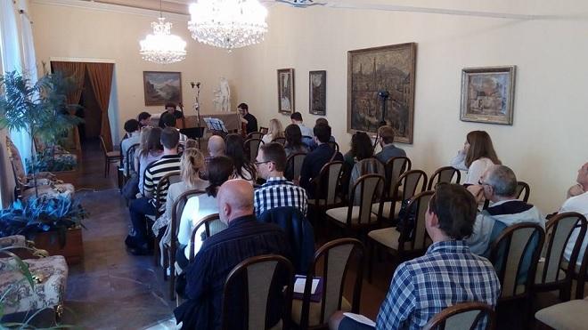Kompozičné laboratórium - Inšpirácia tvorbou Bohuslava Martinů - Adam Novák, Andrej Gál, Roman Rusňák - Bratislava 15.6.2016 (foto Kompozičné laboratórium)