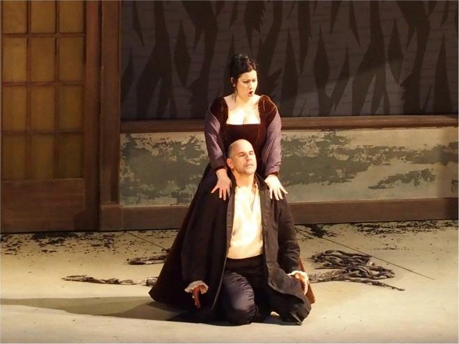 Giuseppe Verdi: Macbeth - Csilla Boross (Lady Macbeth), Juan Jesús Rodríguez (Macbeth) - Opéra de Marseille 2016 (foto FB Opera de Marseille)