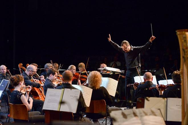 Mimořádný koncert - Symfonický orchestr Českého rozhlasu, Marko Ivanović - Pražské jaro 2016 (foto © Pražské jaro – Ivan Malý)