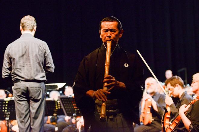 Mimořádný koncert - Symfonický orchestr Českého rozhlasu, Kifu Mitshuhashi - Pražské jaro 2016 (foto © Pražské jaro – Ivan Malý)
