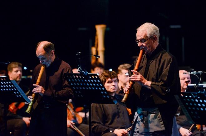 Mimořádný koncert - Symfonický orchestr Českého rozhlasu, Christopher Yohmei Blasdel - Pražské jaro 2016 (foto © Pražské jaro – Ivan Malý)