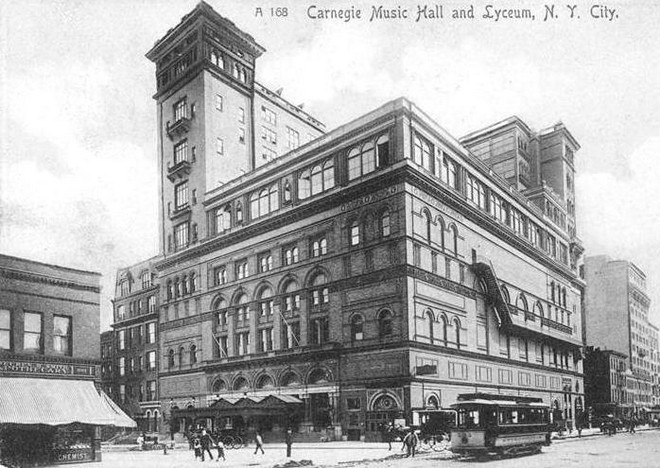 Carnegie Hall (1905) (zdroj NYPL Collection)