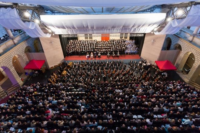 Gustav Mahler: Symfonie Tisíců - Smetanova Litomyšl 2016 (foto František Renza)
