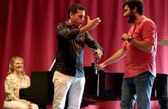 O letních rossiniovských hodech v Operním kukátku