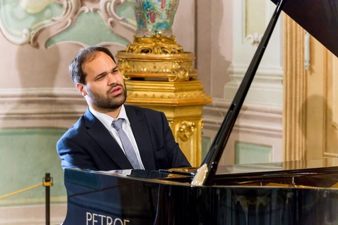 Jan Bartoš - Festival komorní hudby Český Krumlov, 30.6.2016 (foto Lubor Mrázek)